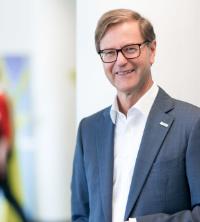 Prof. Dr. Stefan Asenkerschbaumer, stellvertretender Vorsitzender der Geschäftsführung Robert Bosch